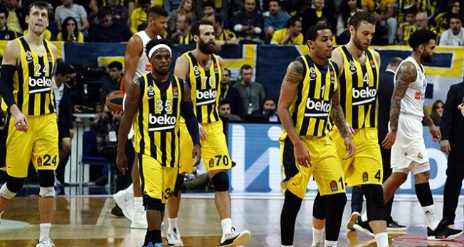 Lider Fenerbahçe, Moskova deplasmanında