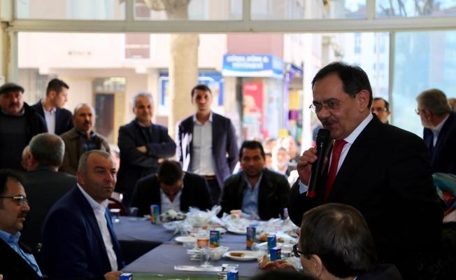 """Mustafa Demir: """"Atakum'da raylı sistem yeraltına alınacak"""""""
