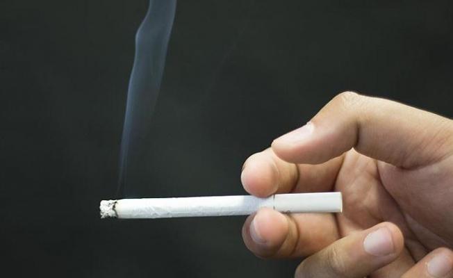 Sigara ömrümüzden 15 yıl çalıyor!