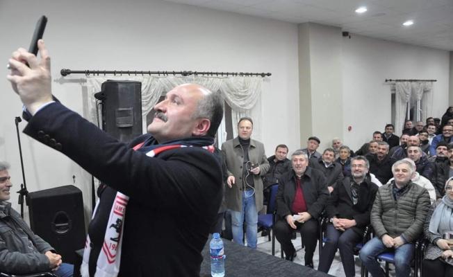 Erhan Usta Büyükoyumca Mahallesi'nde çoşkuyla karşılandı