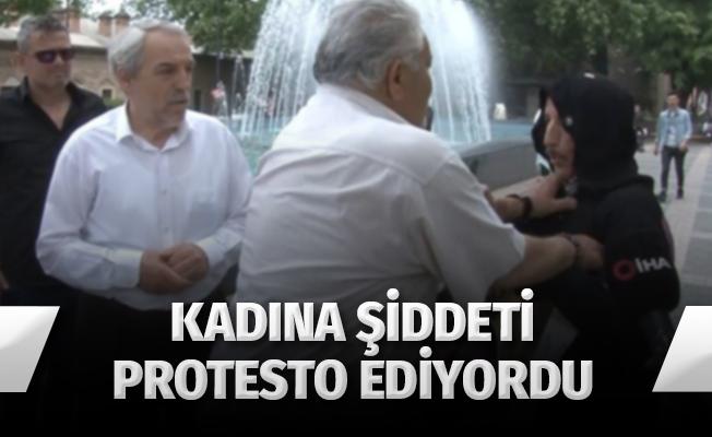 Kadınlara şiddeti karınca kostümüyle protesto eden tiyatrocu saldırıya uğradı