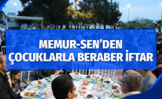 Memur-Sen'den çocuklarla beraber iftar
