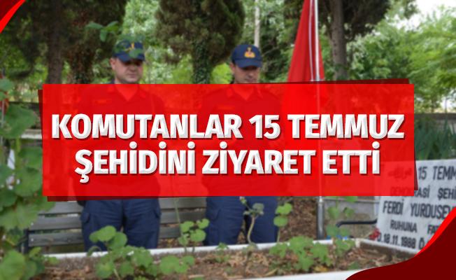 Komutanlar 15 Temmuz şehidini mezarının başında ziyaret ettiler