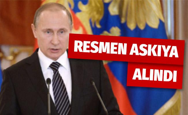 Rusya Devlet Başkanı Putin INF'yi askıya alan yasayı imzaladı