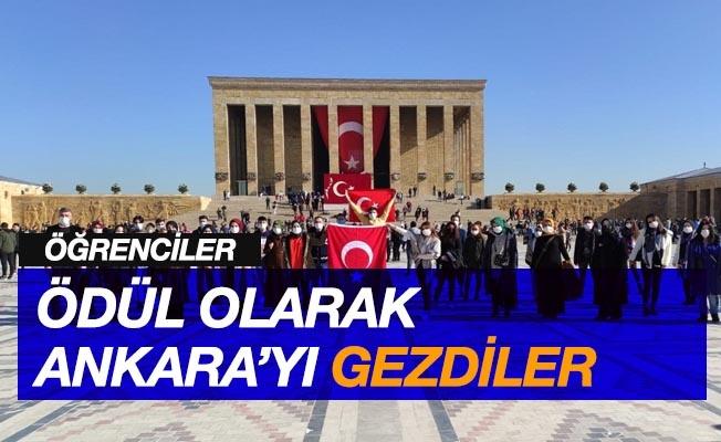 Öğrenciler ödül olarak Ankara'yı gezdi
