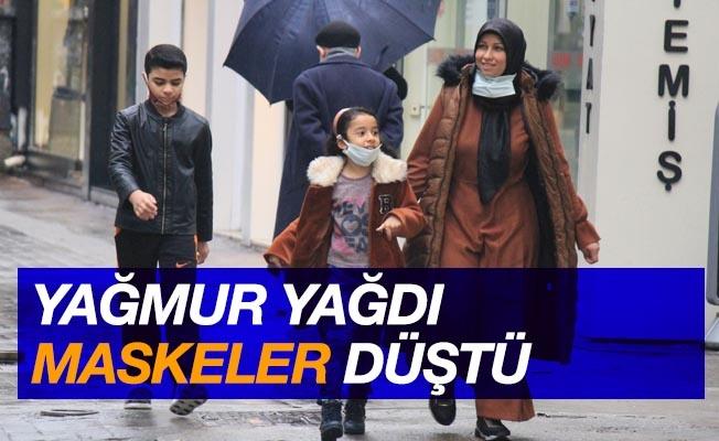 Samsun'da yağmur yağdı, maske düştü