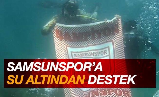 Suyun metrelerce altından Samsunspor'a destek