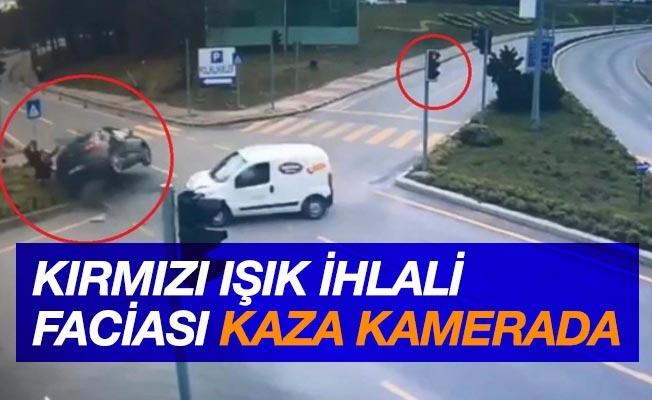 'Kırmızı ışık ihlali' faciası: 1 kişinin öldüğü, 3 kişinin yaralandığı kaza kamerada