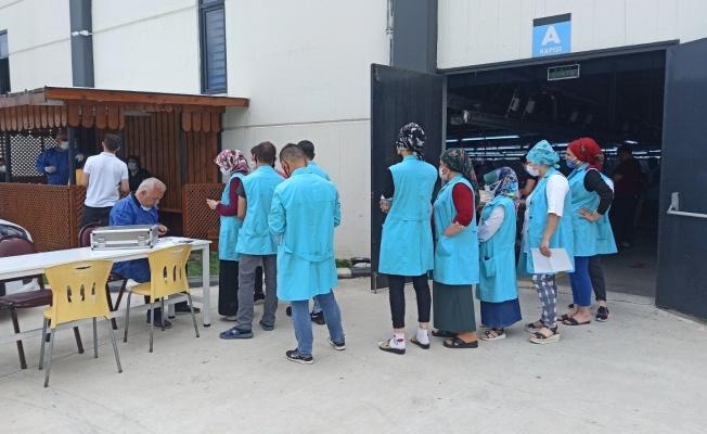 Bafra'da OSB'lerde çalışanlara aşı