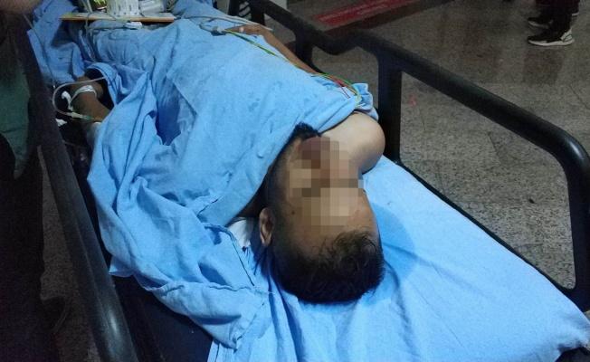 Bıçaklandı, hastanede iç çamaşırından uyuşturucu çıktı