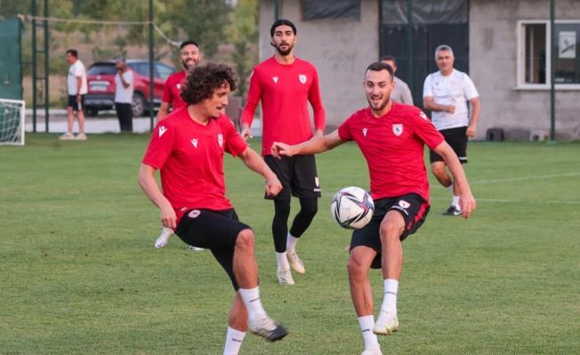 Samsunspor'da 22 futbolcu geldi, 21 oyuncu gitti