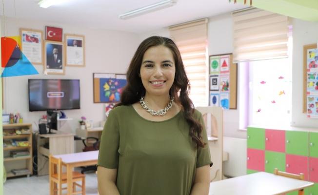"""""""Dünyadaki en iyi 10 öğretmen"""" arasına seçilen Nurten öğretmenden bir başarı daha"""