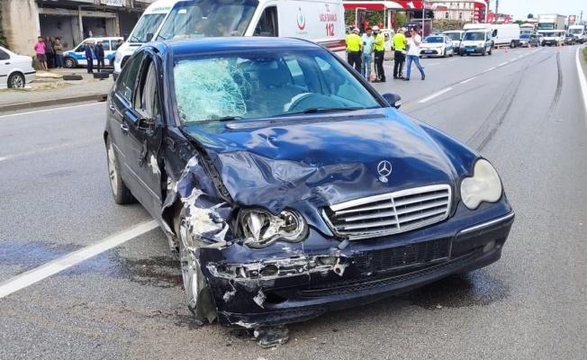 Otomobil ile motosiklet çarpıştı: 1 ölü, 1 yaralı