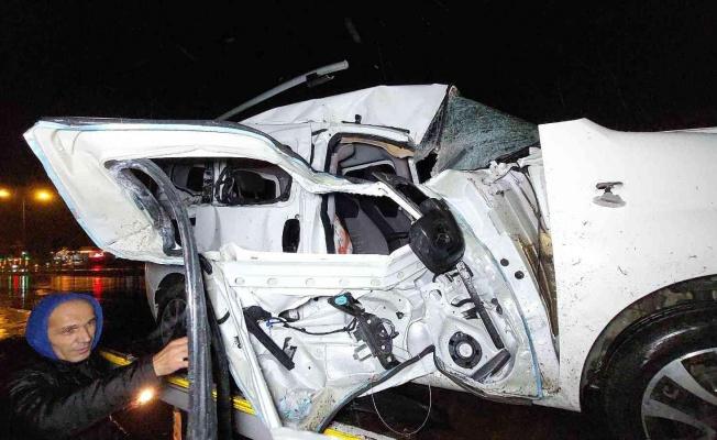 Samsun'da hafif ticari araç ile tır çarpıştı: 2 yaralı
