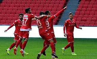Yılport Samsunspor: 2 - Gümüşhanespor: 1
