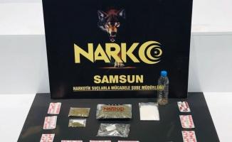 Sokak satıcılarına uyuşturucu operasyonu: 3 gözaltı