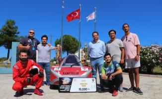 1 TL ile 250 kilometre giden elektrikli araç yaptılar,  TEKNOFEST'te 2 ödül birden aldılar